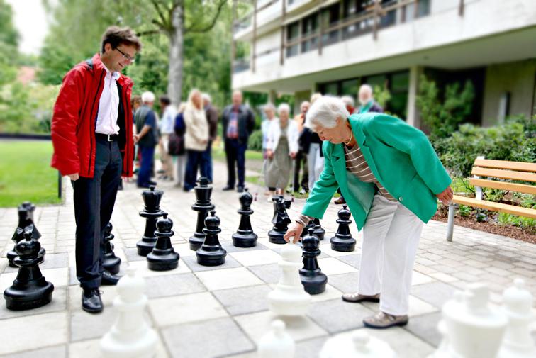 Für ein selbstbestimmtes Leben im Alter – von Barrierefreiheit bis betreutes Wohnen